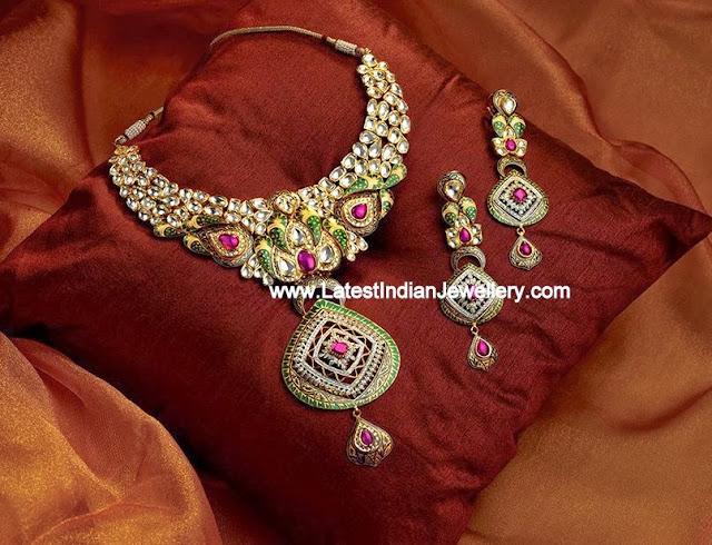 Kundan Jadau Necklace Set