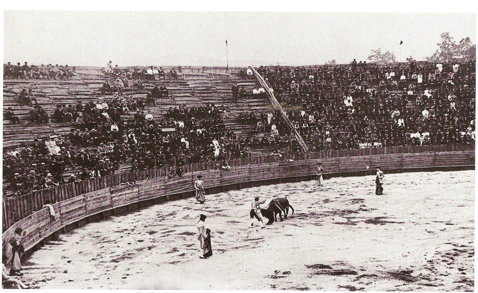 inauguración de la plaza de toros de La Felguera 1908