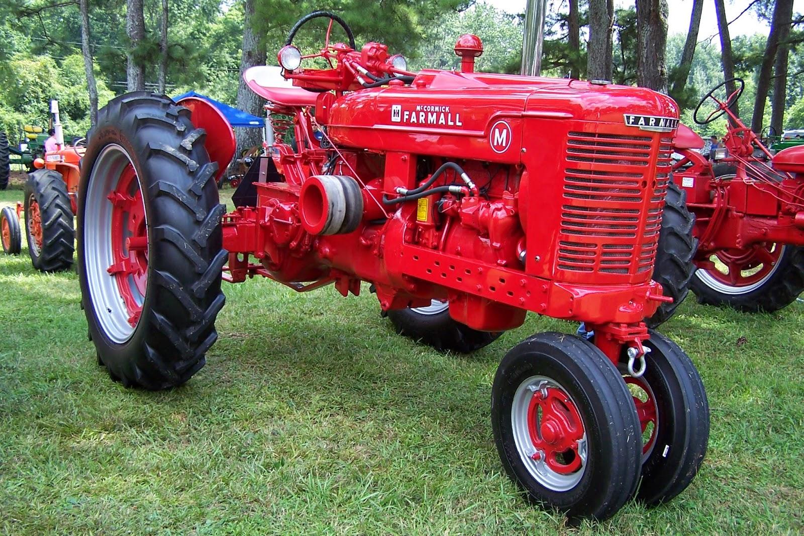 Farmall M Hood : Tractor stories m farmall larry appleton