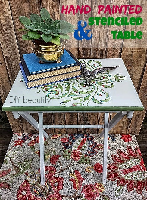 Table top stencil makeover www.diybeautify.com