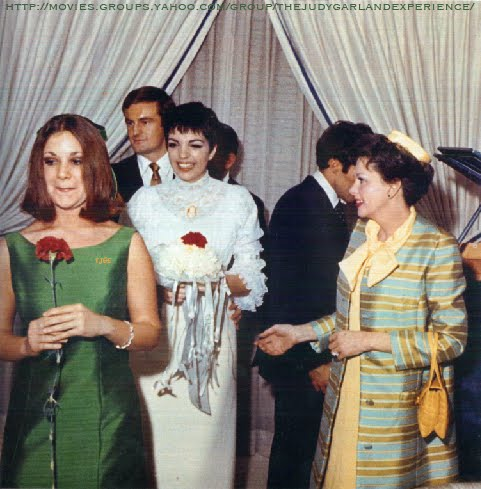 On This Day In Herstory Judy Escorted By Her Ex Husband Vincente Minnelli Attended The Wedding Of Liza To Peter Allen