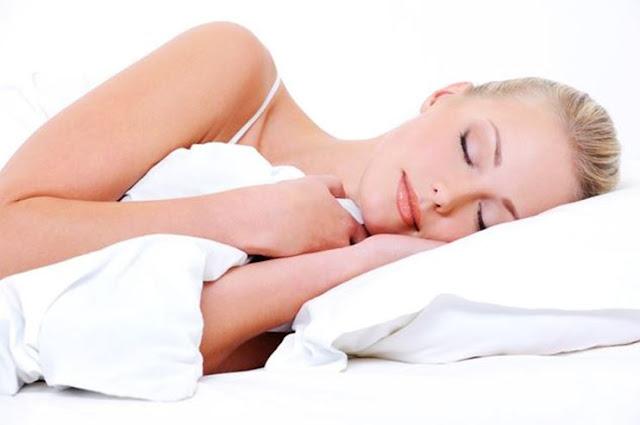 Manfaat tidur miring ke kiri