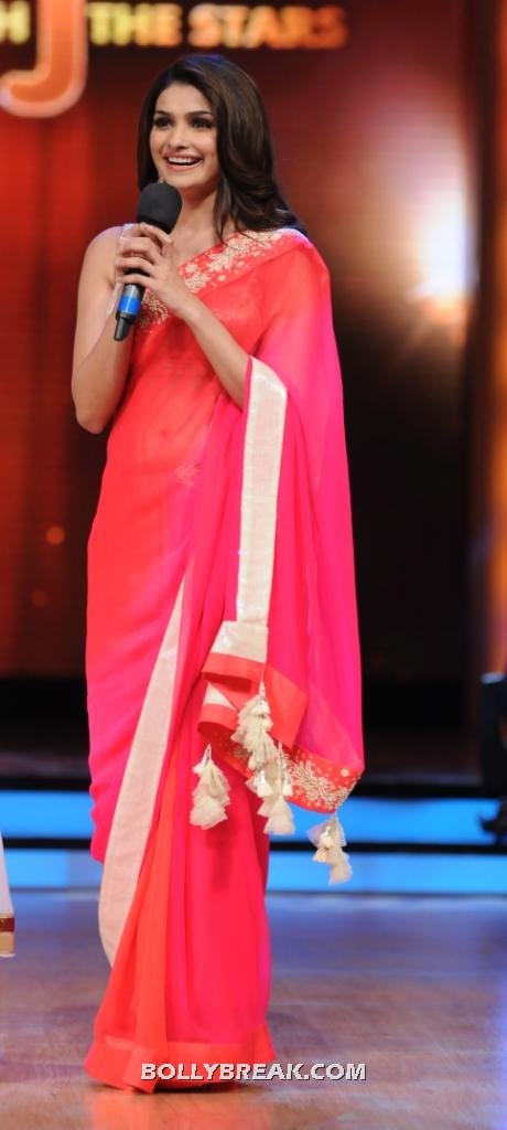 prachi desai in red saree at jhalak dikhhla jaa sets 004 - Prachi Desai in Red Saree on Jhalak Dikhhla Jaa