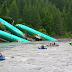 Αεροπλάνα έπεσαν σε ποτάμι [Εικόνες]