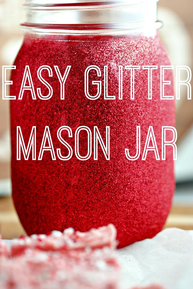 Gift Idea: Homemade Peppermint Crunch Fudge & Glitter Mason Jar.  How to make Peppermint Crunch Fudge.  Easy fudge recipe.  Easy Glitter Mason Jar.