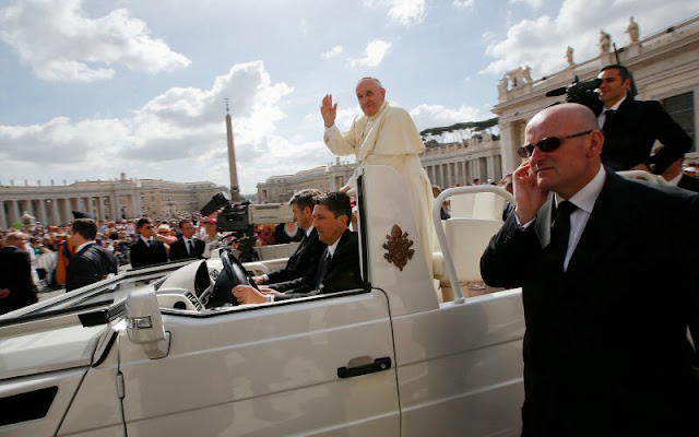 ISIS ASSASINATION: Nostradamu's New York Visit Pope Warning Prophecy