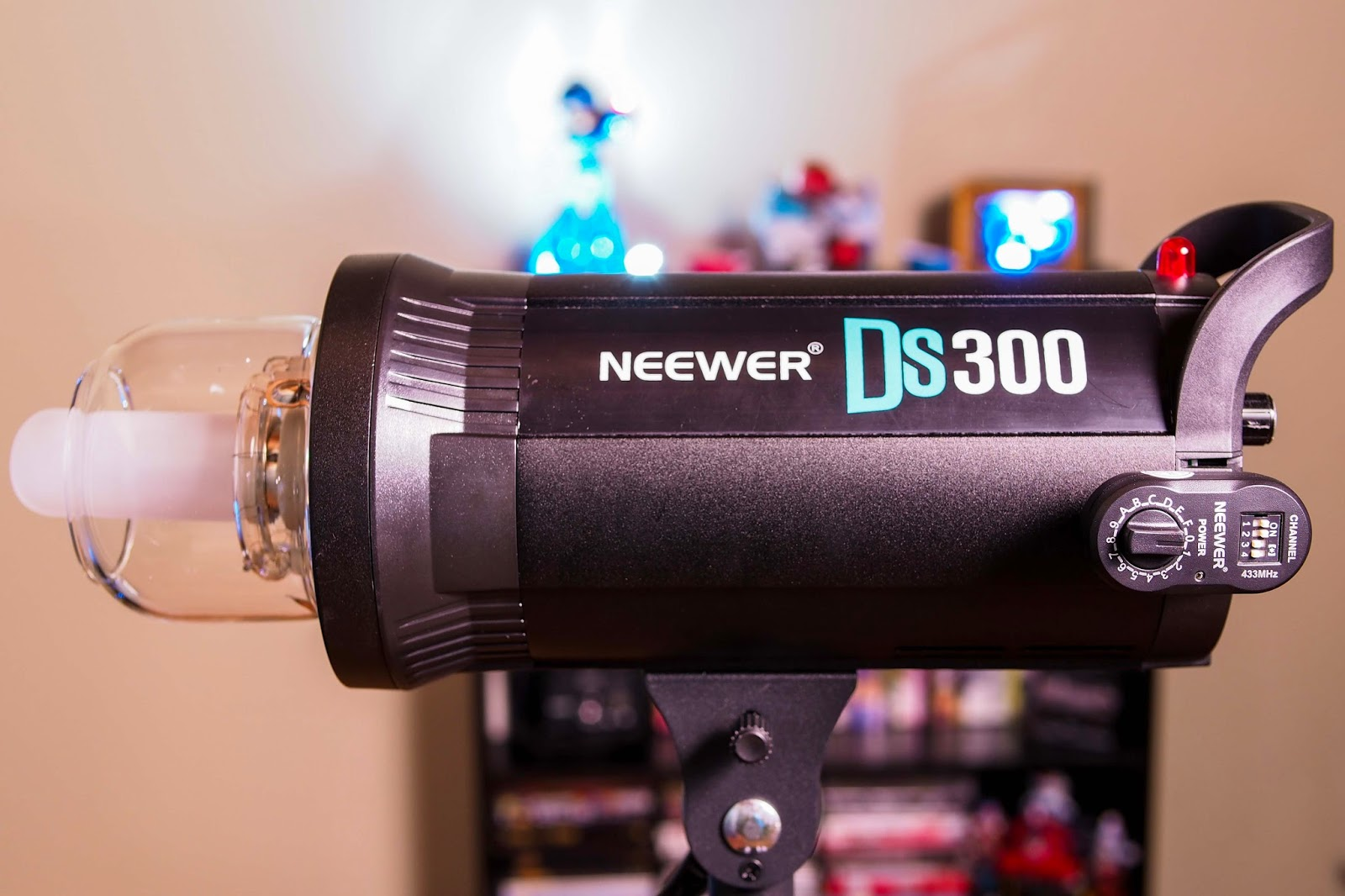 13th floor photography godox de300 neewer ds300 for 13th floor review