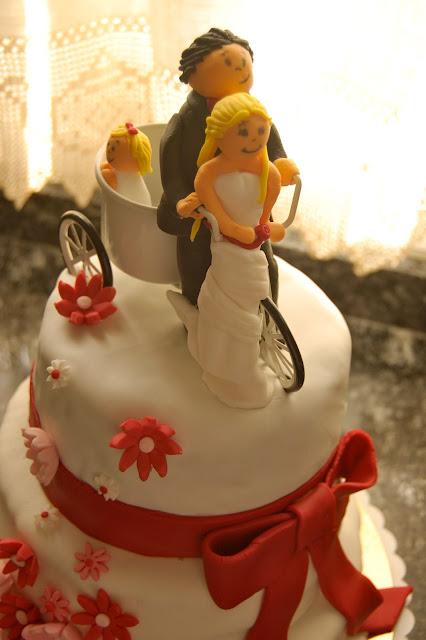 Tarta de boda decorada amb fondant