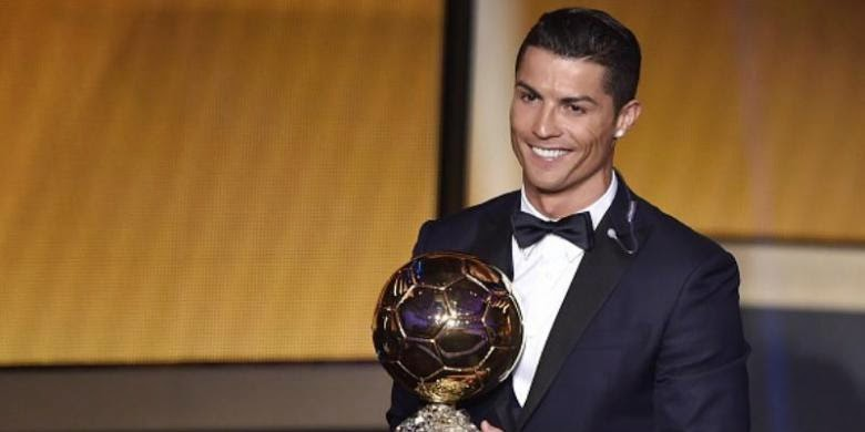 Poker Online : Kalahkan Messi, Ronaldo Raih FIFA Ballon d'Or 2014