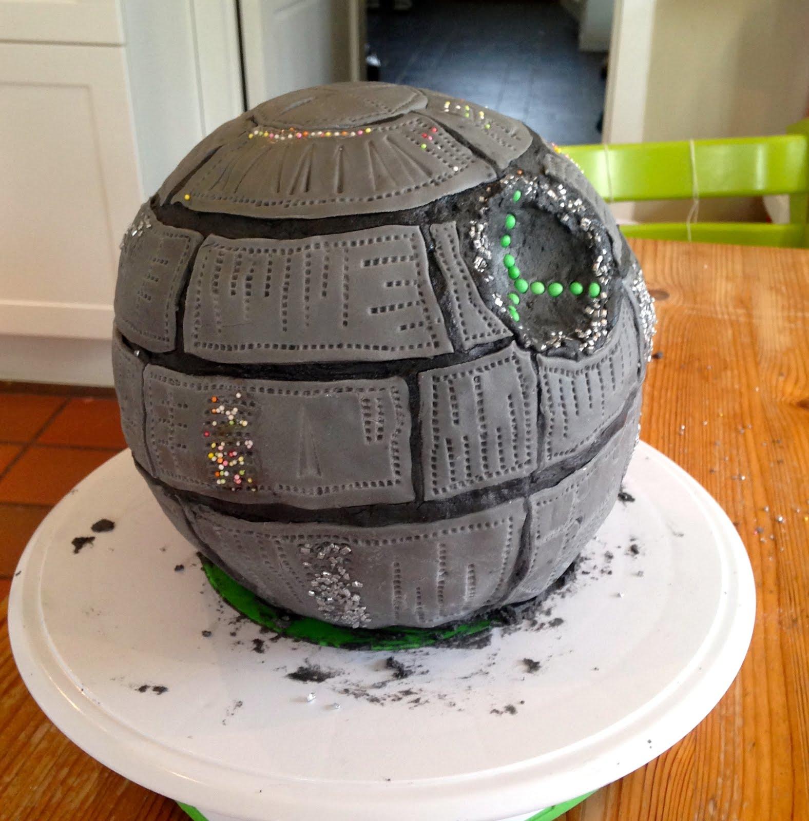 Célèbre Le mercredi c'est  TARTINES ! : Pâte à sucre : le gâteau d  KX49