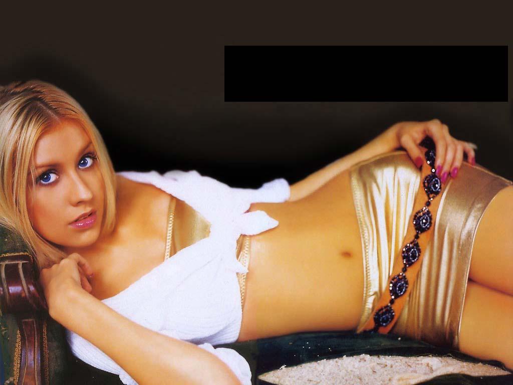 http://3.bp.blogspot.com/-on8tQ6zsqVQ/Tj9pHPro5TI/AAAAAAAADAM/-cnhxRvmr-I/s1600/Christina+Aguilera+-+Julia+Alexandratou+%25282%2529.jpg