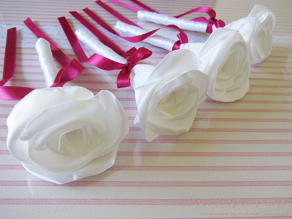 fabric roses wedding favors