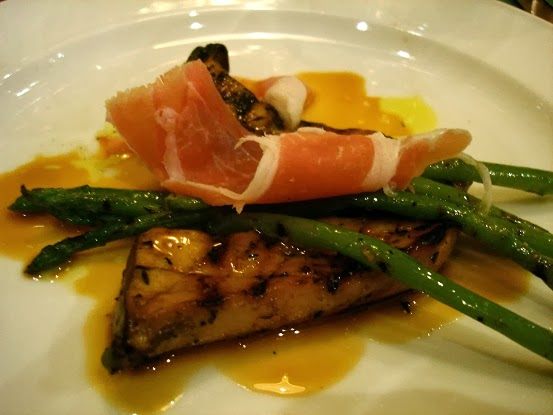 Julian's Eating: A Review of the New La Strada, Scotts Road, Singapore ...