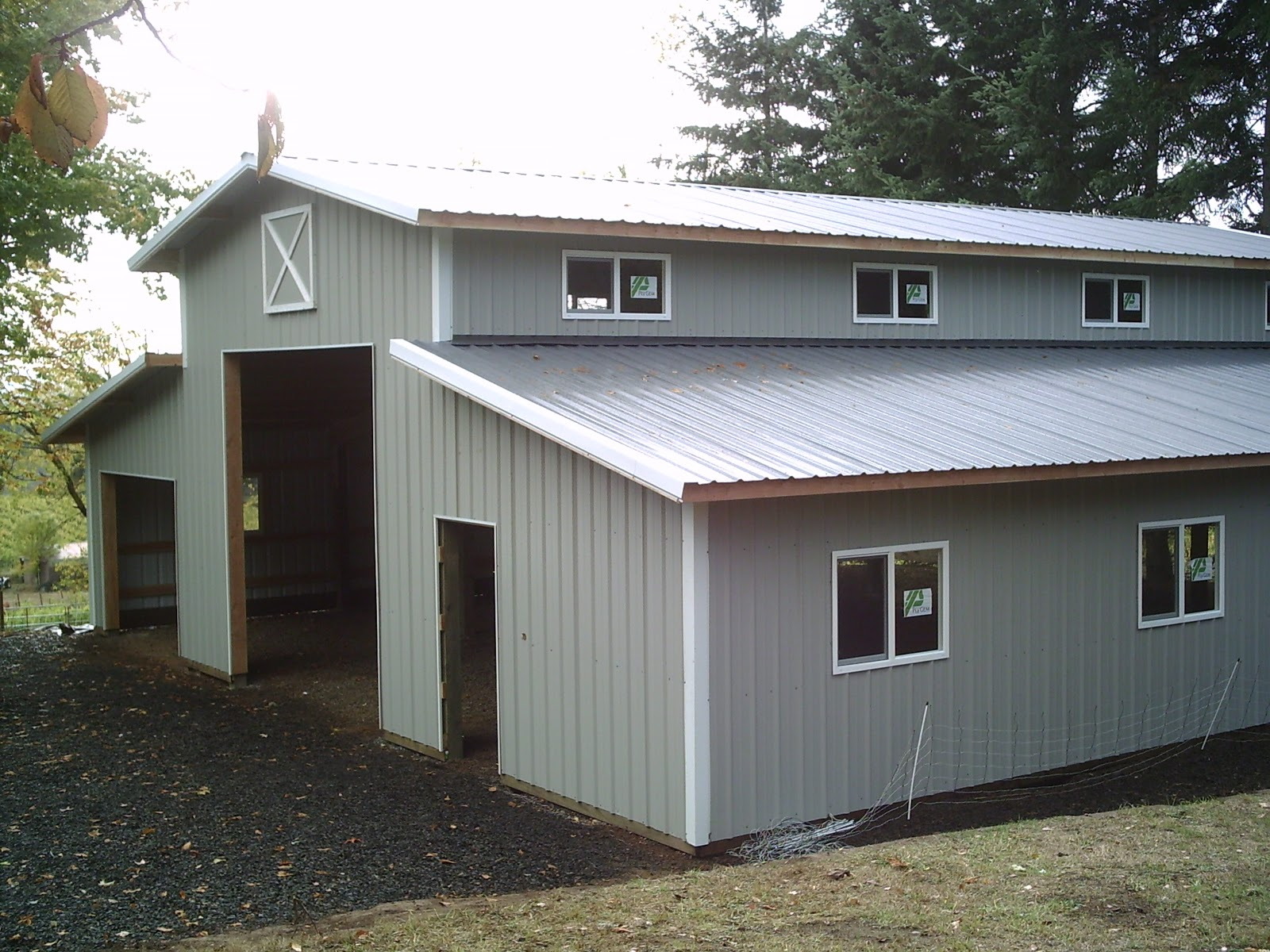 Monitor style pole barn builders in oregon joy studio for Pole barn home builders