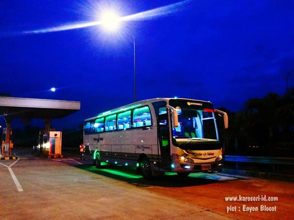 Bus Merpati Bali Premium Eksterior