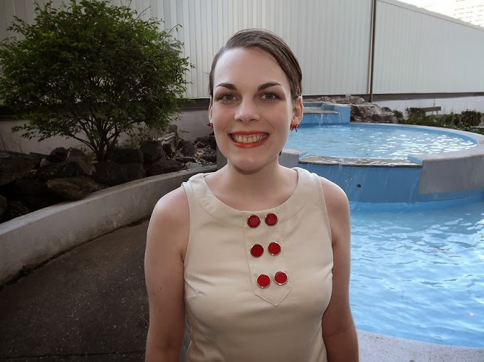 Forever 21 dress, button front dress, mod style dress, 60s style dress, red white twofer, Victoria Park Place fountain, slicked pixie haircut, Windsor Ontario fashion blogger, Windsor style blog, Suzanne Amlin, A Coin For the Well