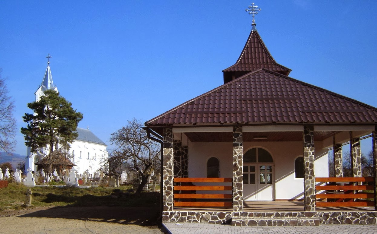 """Biserica """"Sf.Dumitru"""" și Capela"""