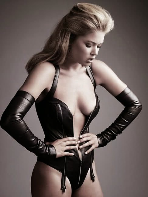 Fetish Inspirations : Model Doutzen Kroes By Photographer Alexi Lubomirski