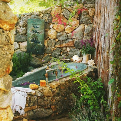 This Post Wouldn't Be Complete Without A Dreamy Outdoor Bohemian Bath