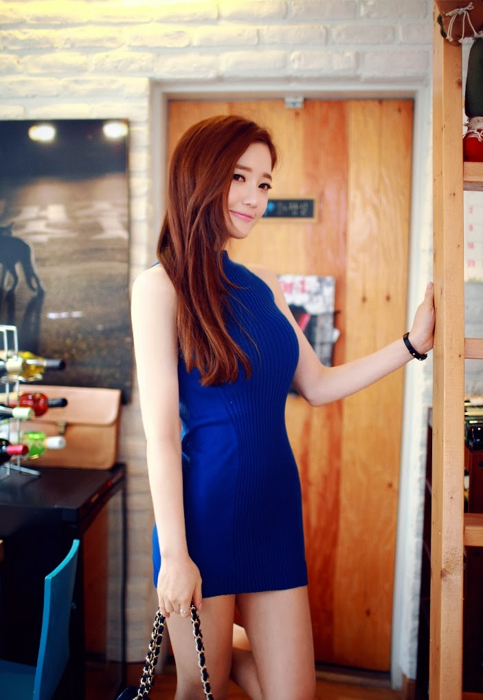 Sung Kyung Elegant in Blue Dress