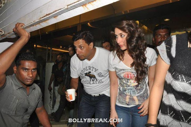 Kareena Kapoor Madhur Bhandarkar on set of Heroine Movie - Kareena Kapoor Madhur Bhandarkar Heroine Movie On the Set Pics