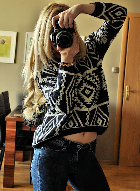 http://www.newdress.com/new-women-knit-loose-sweater-geometry-design-printed-long-sleeve-pullovers-big-size-p-18950.html?utm_source=blog&utm_medium=cpc&utm_campaign=Zofia323