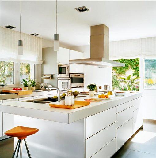 Cocinas gourmet en blanco white gourmet kitchens for El mueble cocinas