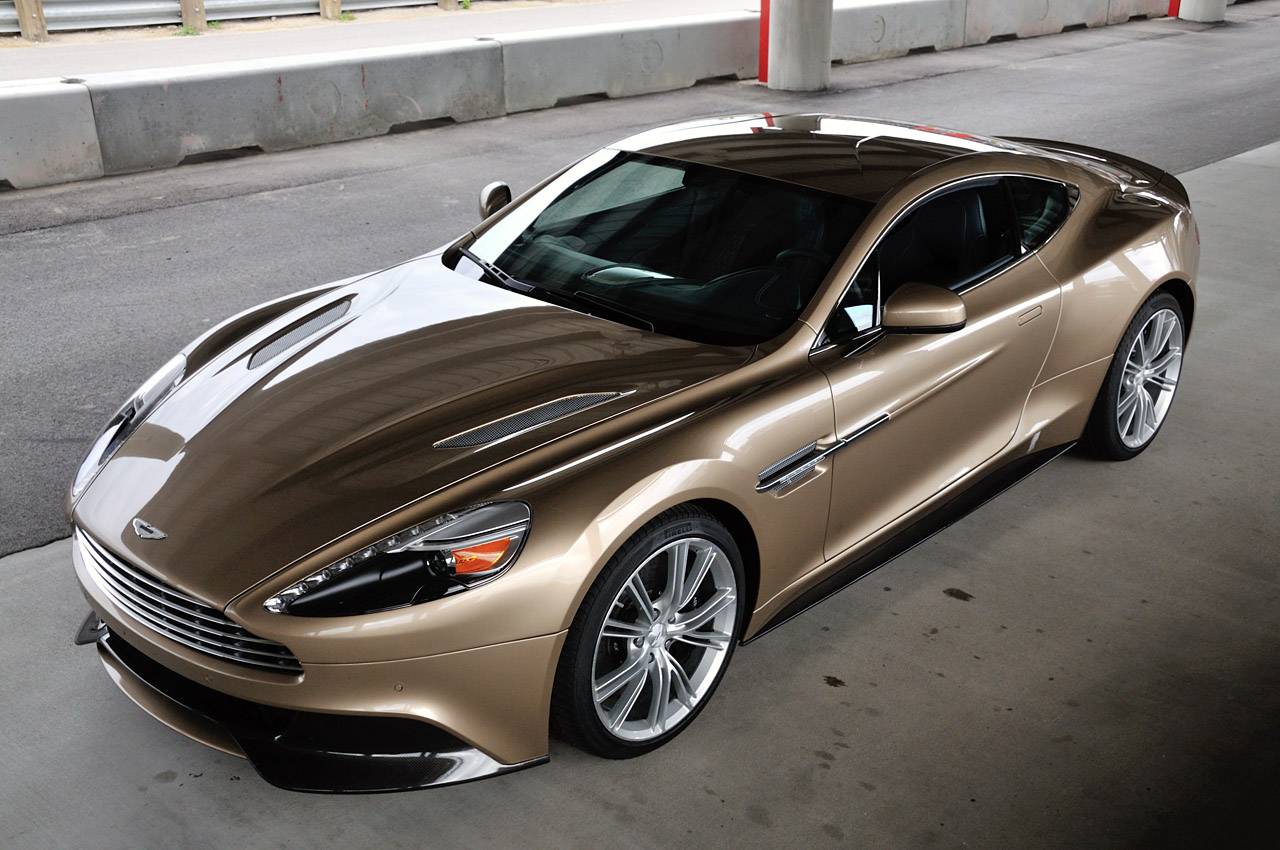 TOP CARS : 2014 Aston Martin DB9