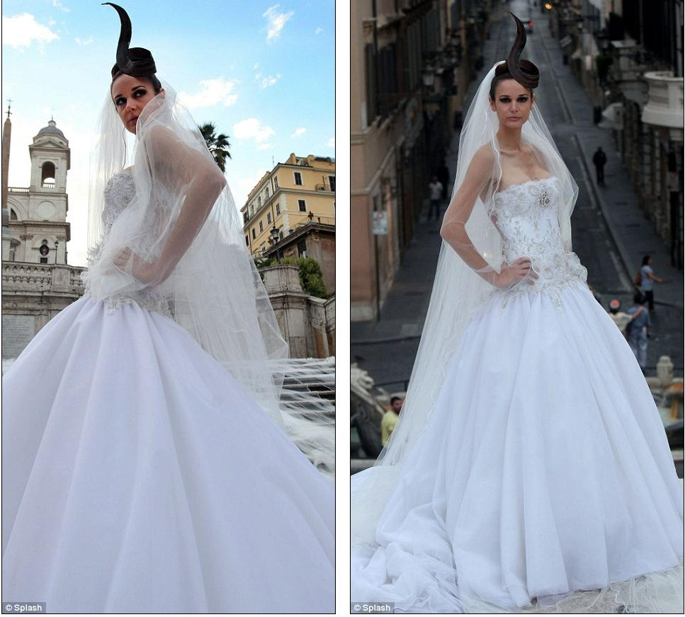 Glowing The Bride Looks Magnificent In Front Of A Backdrop Silk Tulle And Renaissance Architecture