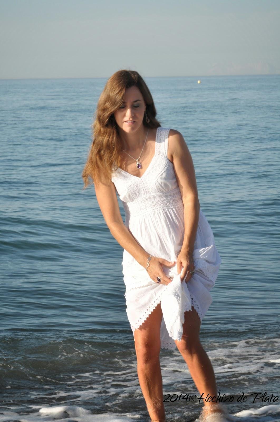 Moda Ibicenca con joyería de plata de Hechizo de Plata Joyería