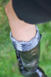 What the Botto Cuff? Crochet Pattern by Susan Carlson of Felted Button