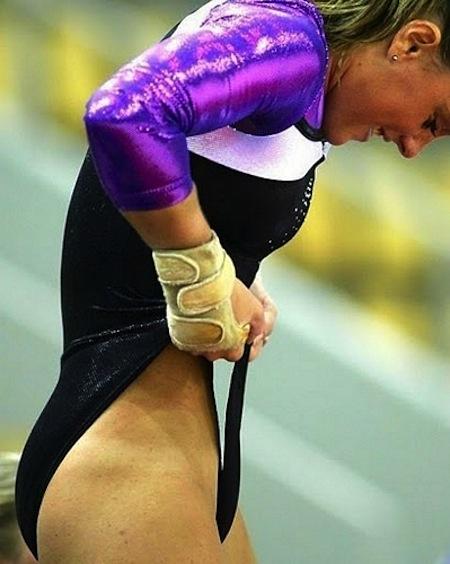 казусы спортсменок в спорте всё видно фото