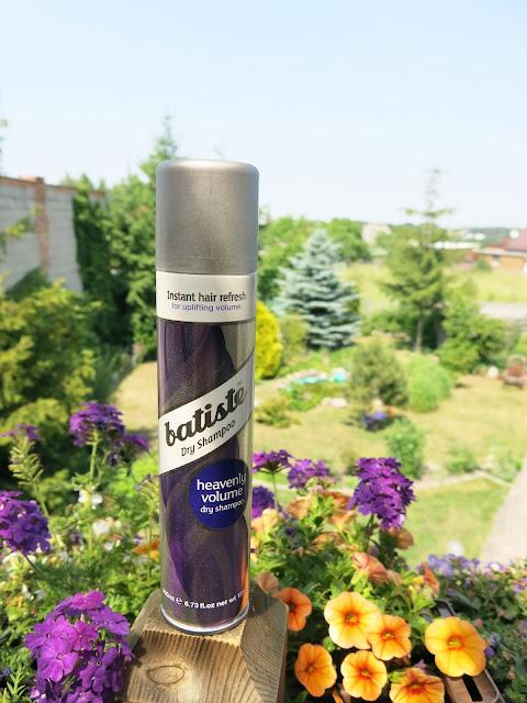 Nowość Batiste - suchy szampon Heavenly volume.