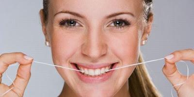 cara memutihkan gigi, tips memutihkan gigi, memutihkan gigi secara alami