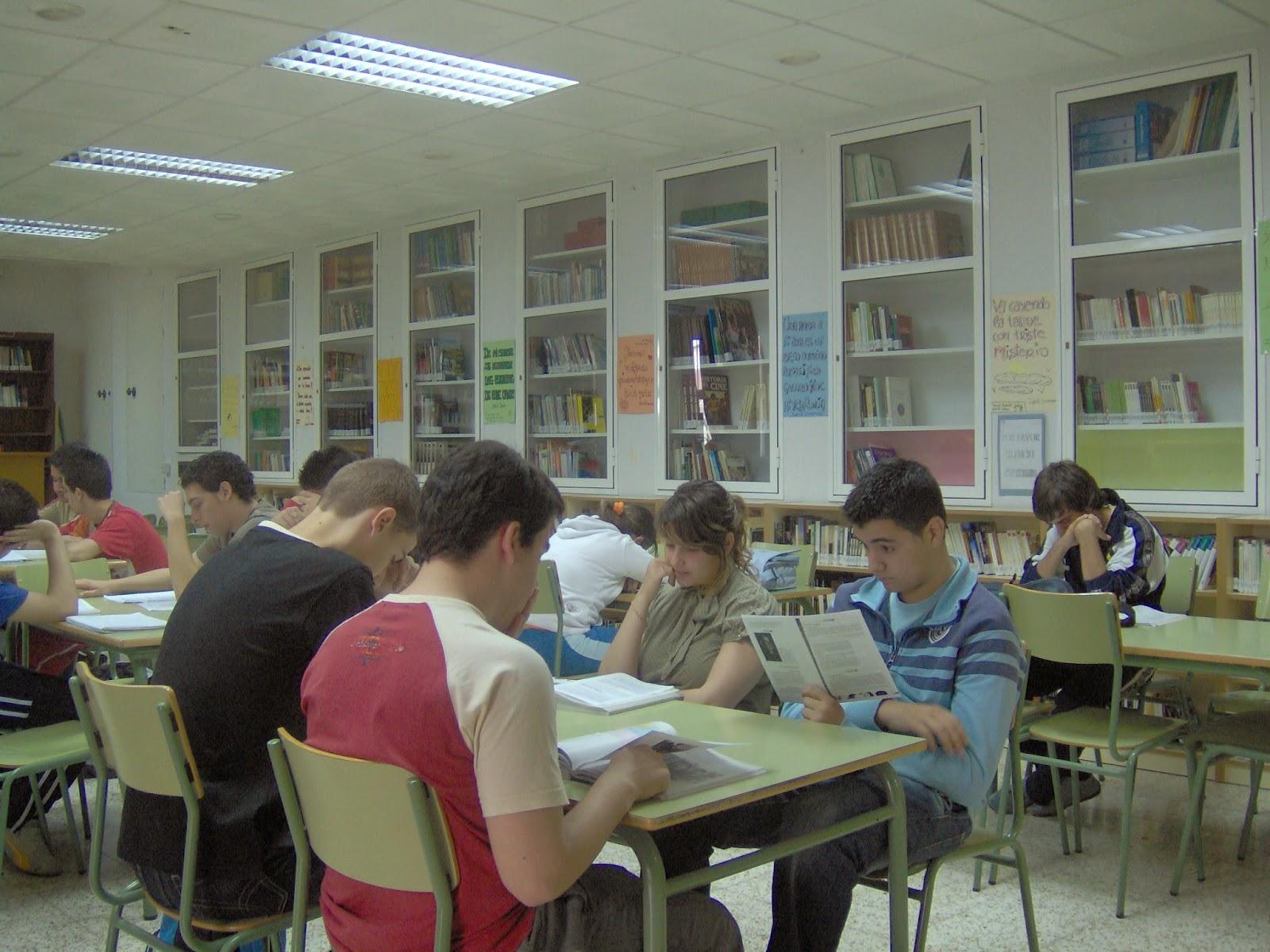 Biblioteca del ies juan de la cierva sic transit for Biblioteca cologne