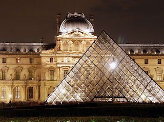 to the louvre and was made in 1564 by the catherine de medici