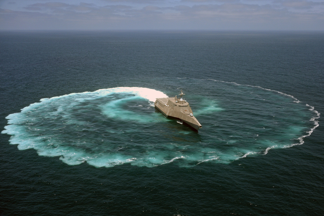 uss independence littoral combat ship lcs 2 in pacific