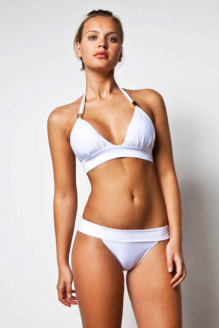 "Elisandra Tomacheski – ""Ellis"" Bikini Photoshoot"