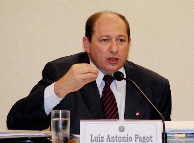 Brasil: DENÚNCIA CONTRA MINISTÉRIO DOS TRANSPORTES PROVOCA 17ª DEMISSÃO