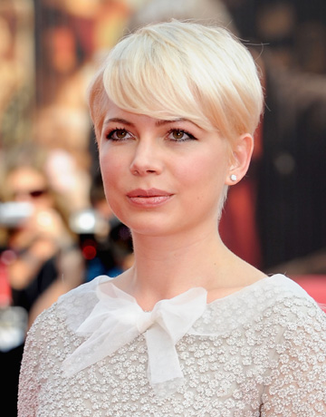 out my hair i had the perfect michelle williams cut