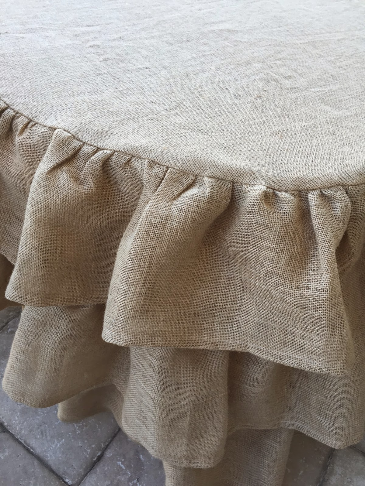 Ruffled Round Burlap Tablecloth Tutorial Purple Chocolat