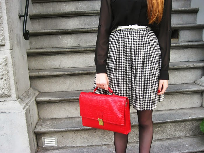 Fashion blogger amsterdam outfit houndstooth pied de poule vintage