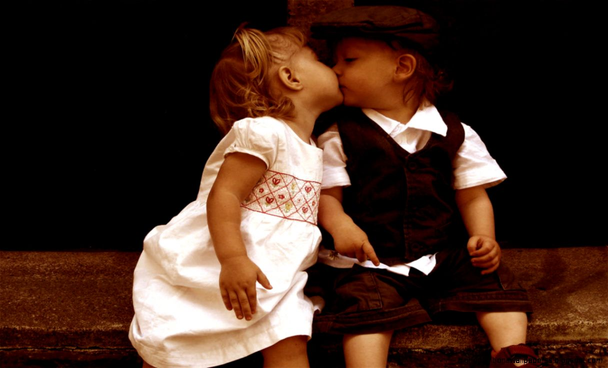 cute little baby girl and boy kissing wallpapers hd desktop | high