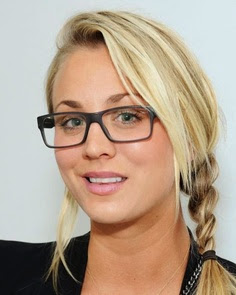 Kaley Cuoco Follows Geno's World On Twitter