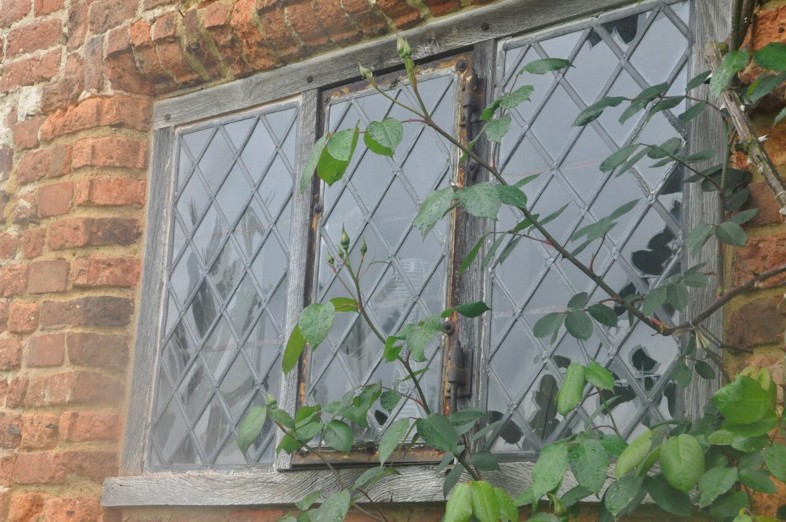 Fönster blyinfattade fönster : Hässelby GÃ¥rd: Mer England...