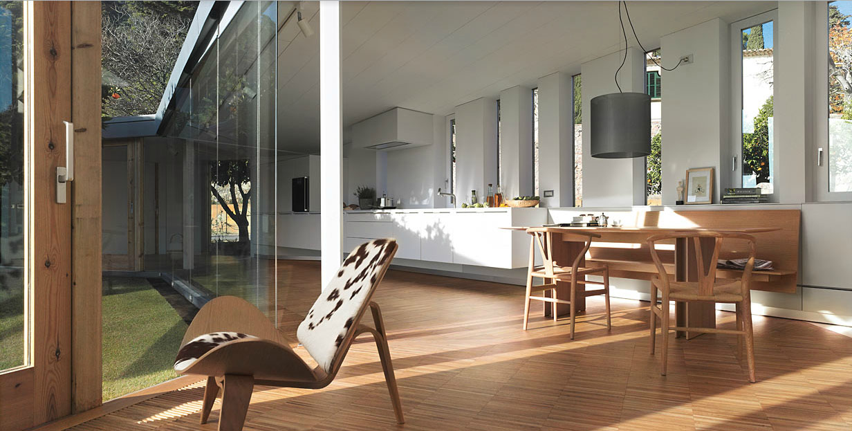 Incredible modern barcelona r house with equally stunning kitchen by
