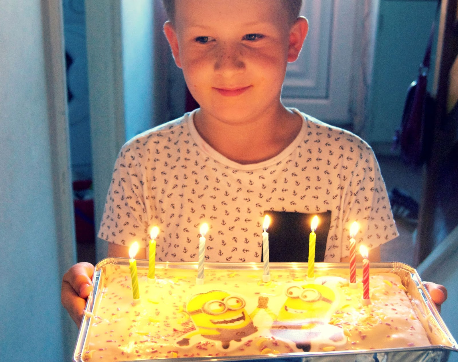 minion cake, living arrows, 29/52, make a wish, birthday, cake, fun, alfie,