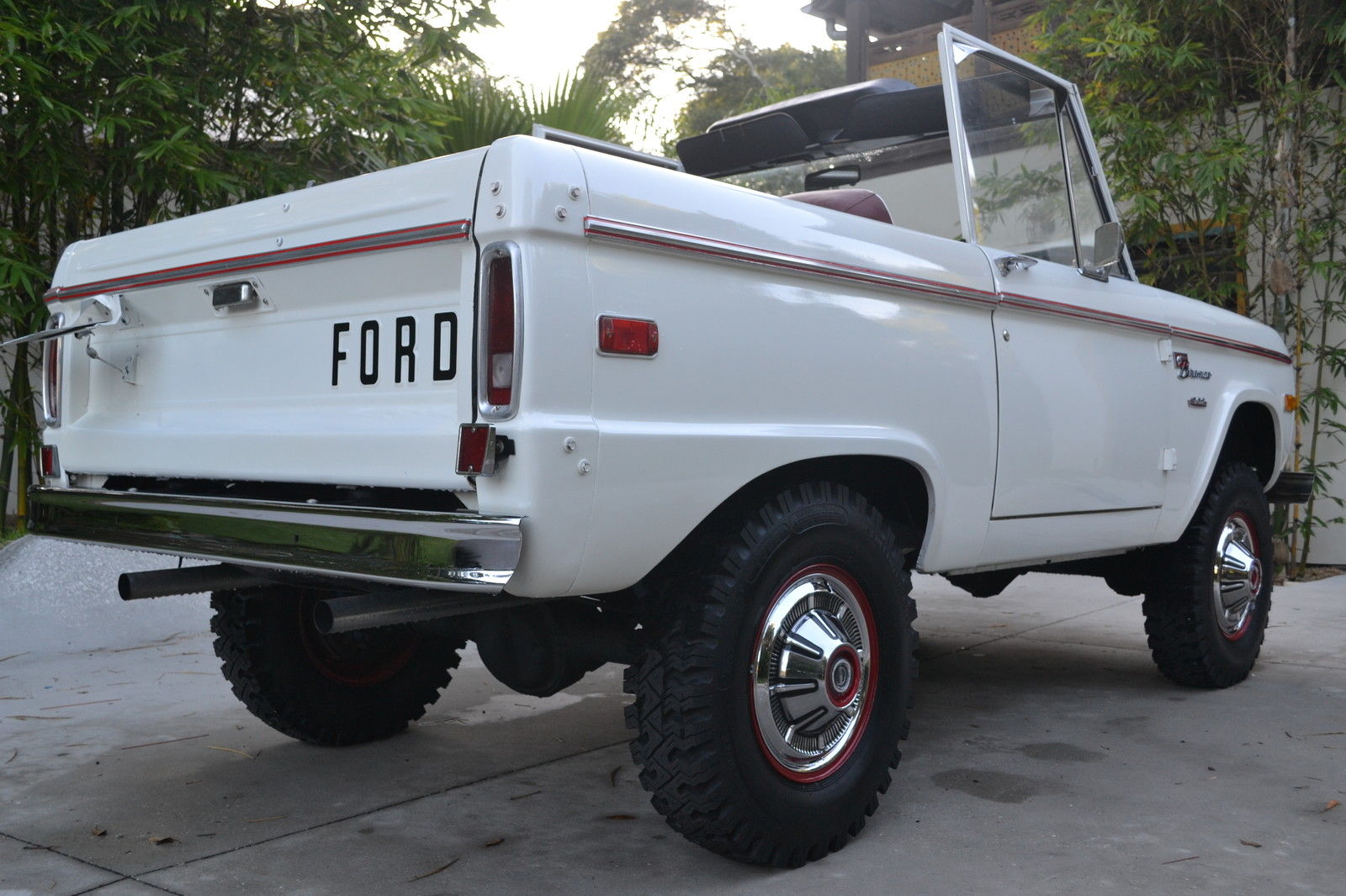 All American Classic Cars 1975 Ford Bronco Ranger 2 Door