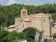 Vista de l'església de Sant Mateu de L'Ametlla de Merola des de migdia