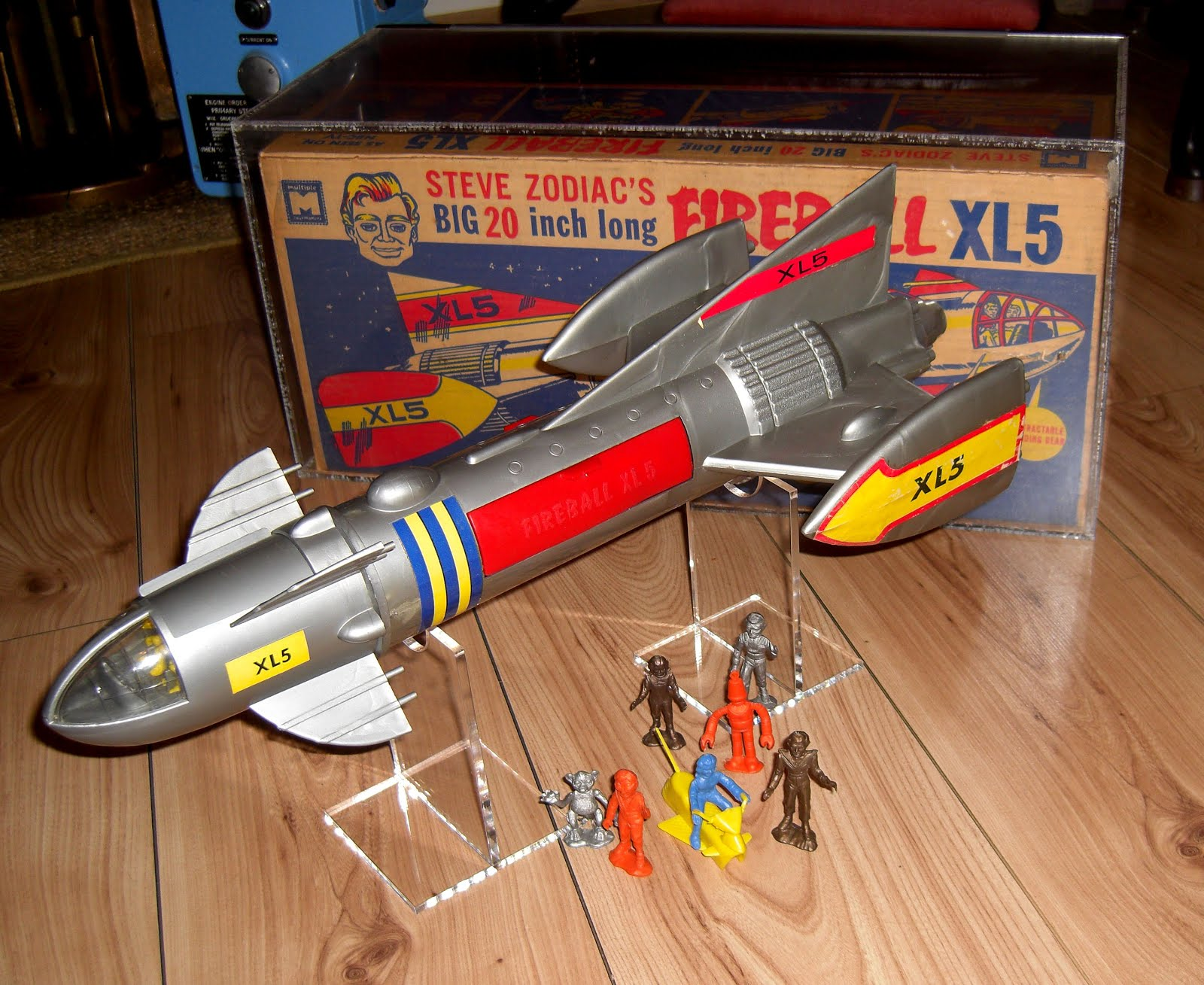 MOONBASE CENTRAL: TONY K\'S MPC TOY FIREBALL XL5